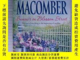 二手書博民逛書店Summer罕見on Blossom Street【英文原版】Y