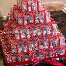 婚禮小物-紅宴Pink KISSES水滴巧克力喜糖塔(含91盒自行堆疊)  幸福朵朵