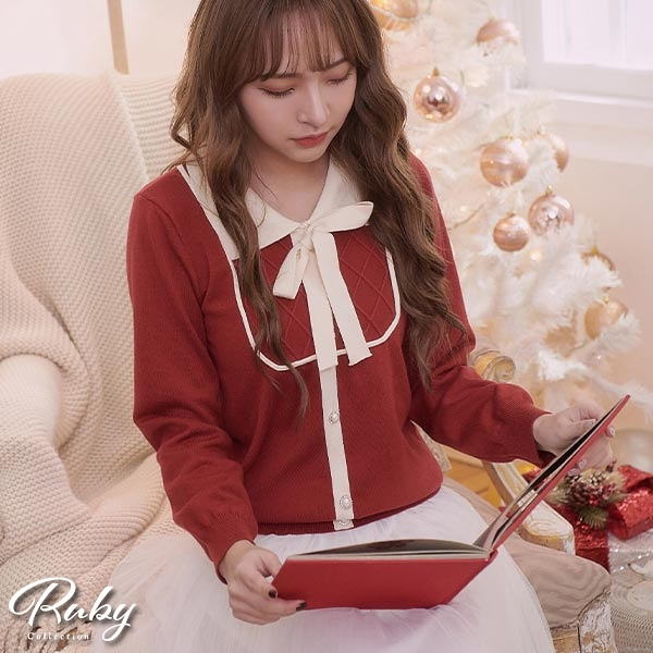 上衣 娃娃領珍珠排釦綁帶針織上衣-Ruby s 露比午茶