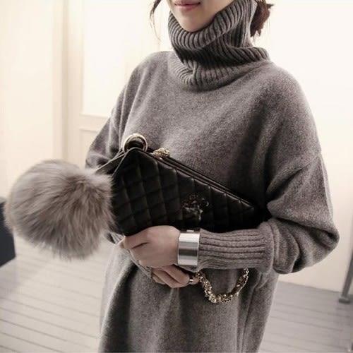 梨卡★現貨 - 寬鬆高領秋冬新款簡單保暖加厚中長版毛衣連身裙針織衫B674