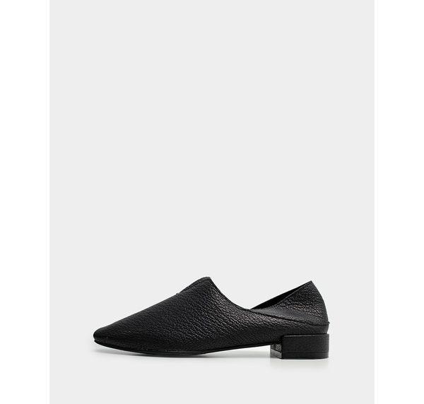 真皮休閒鞋-R&BB羊皮*V口超軟霧面皮革極簡方頭 雙穿後跟可踩便鞋-黑色/灰色