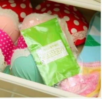 預購-櫥櫃衣物箱子防黴防潮乾燥除濕劑