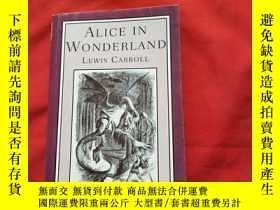 二手書博民逛書店ALICE罕見IN WONDERLAND:LEWIS CARRO