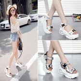 夏季厚底涼鞋女防水臺鬆糕底坡跟時尚女鞋休閒鞋子wy 限時八五折