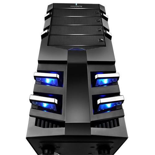 技嘉 Sumo α 4 大戰艦機 USB3.0 / GACSGZ-SU11BA-CTB