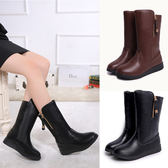 女裝中筒靴平底大碼靴防滑