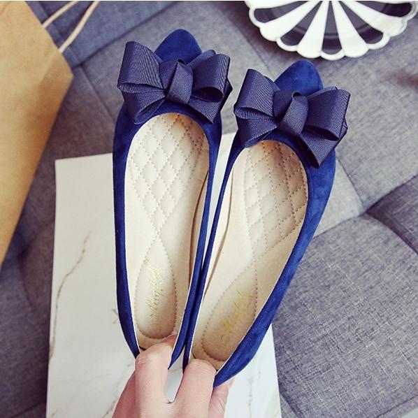 大尺碼女鞋小尺碼女鞋尖頭立體蝴蝶結絨布平底鞋娃娃鞋包鞋(31-43)現貨#七日旅行