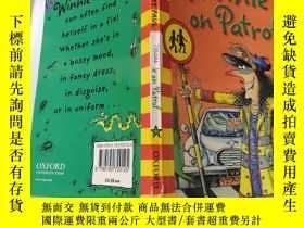 二手書博民逛書店winnie罕見on patrol 溫妮在巡邏Y200392