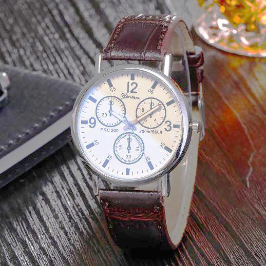 時尚數字假三眼PU皮質手錶 129元