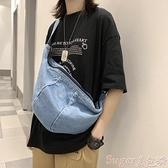 牛仔包 側背包女2021新款牛仔布時尚旅行包包女大容量潮ins風百搭斜背包 suger