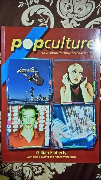 (二手書)Pop culture : Developing essential study skills.