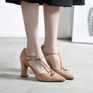 粗跟絨面尖頭鞋子 包頭中空高跟涼鞋《小師妹》sm157