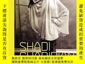 二手書博民逛書店Shadi罕見Ghadirian: A Woman Photographer from IranY360448
