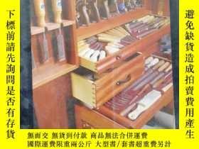 二手書博民逛書店The罕見Toolbox Book:A Craftsman s Guide to Tool Chests, Cab