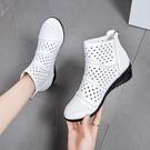 涼靴 夏季真皮鏤空透氣坡跟媽媽洞洞涼靴舞蹈鞋短靴中跟廣場跳舞涼鞋女 韓國時尚週
