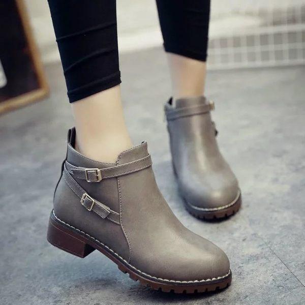 {丁果時尚}女鞋►韓版百搭款雙造型扣環帶拉鍊短靴馬丁靴子*2色