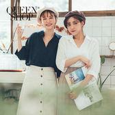 Queen Shop【01120214 】  V領造型七分袖棉麻上衣 四色售*現+預*