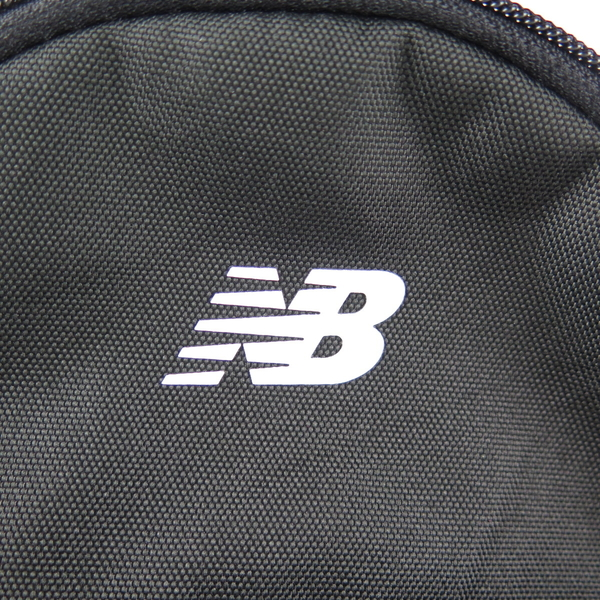 New Balance經典款 小型休閒後背包 500327010 黑 28 X 23 X 11cm【iSport愛運動】