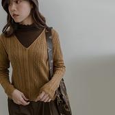 現貨-MIUSTAR V領花紋鏤空針織長袖外套(共3色)【NJ2363】
