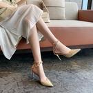 高跟鞋女包頭細跟鉚釘一字帶涼鞋尖頭網美夏季百搭春款【慢客生活】