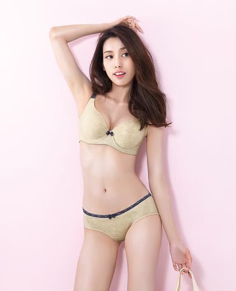 easybody-愛混搭 大罩杯D-F罩內衣(杏膚色)