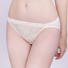 思薇爾-半熟美人系列M-XL蕾絲低腰三角內褲(珍珠米)