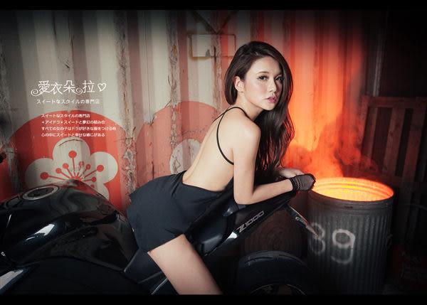 性感睡衣 大露背側開岔連身裙 純黑色素面洋裝- 愛衣朵拉