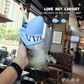 大容量鯊魚塑料水瓶潮成人飲料吸管杯子 Mc176『伊人雅舍』