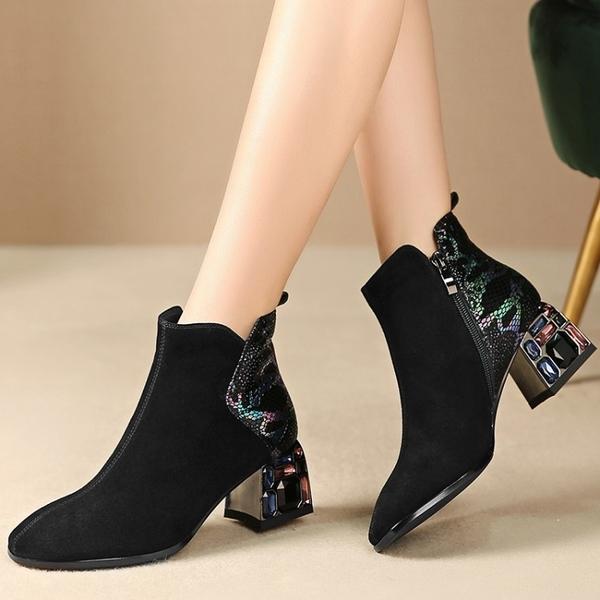 真皮女鞋☆2019秋季新款羊皮時尚百搭拼接尖頭中跟短靴~黑色