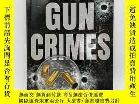 二手書博民逛書店Investigating罕見Gun Crimes (Crime