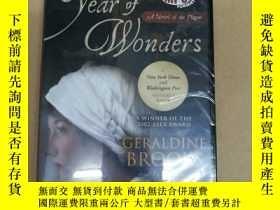 二手書博民逛書店Year罕見of Wonders: A Novel of the Plague 奇跡年:一部關於瘟疫的小說(有聲書