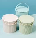 水桶 洗澡水桶凳塑料加厚可坐幼兒園家用浴室手提洗衣收納桶帶蓋釣魚桶
