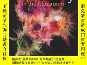 二手書博民逛書店Creativity罕見In The Classroom: Sc