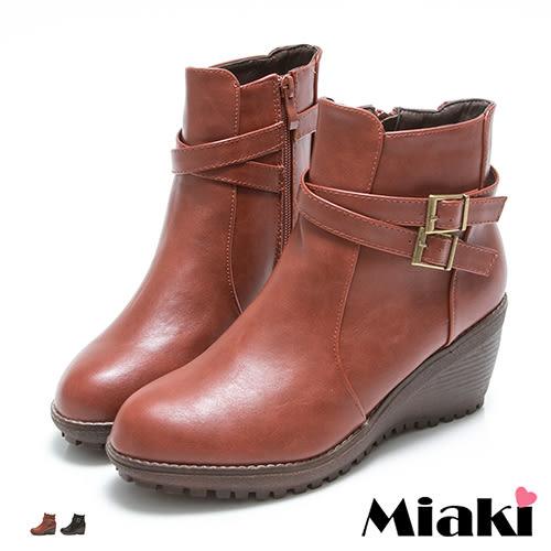短靴東大皮質雙扣飾尖頭坡跟包鞋