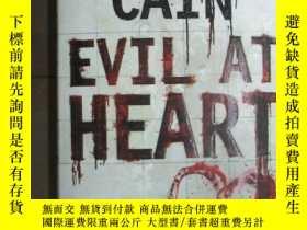 二手書博民逛書店Evil罕見at Heart6583 Cain, Chelsea