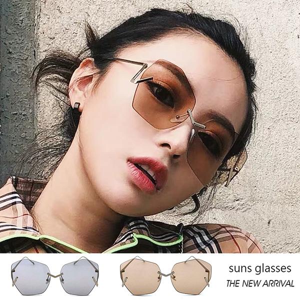 時尚大框墨鏡 獨特視覺搶眼墨鏡 新潮流明星熱愛款 金屬框太陽眼鏡 抗紫外線UV400