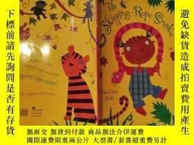二手書博民逛書店the罕見skipping-rope snake 繩蛇Y200392