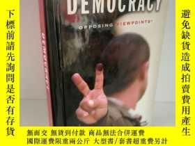 二手書博民逛書店Democracy罕見Opposing Viewpoints b