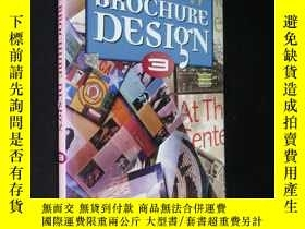 二手書博民逛書店THE罕見BEST OF BROCHURE DESIGNY591