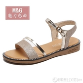 金色涼鞋女平底鞋仙女風低跟一字帶平跟厚底夏季鞋子2020新款度假  圖拉斯3C百貨