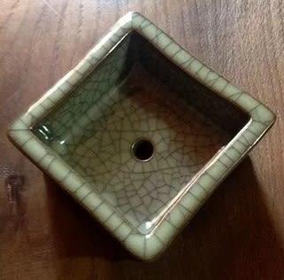 [協貿國際]  大號青瓷方形檀香爐古董香爐 (1入)