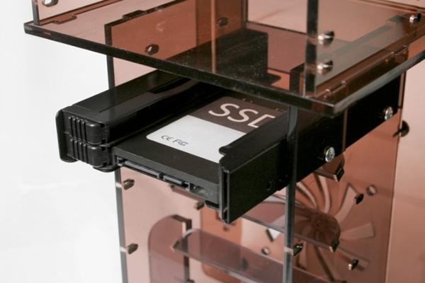 "ICY DOCK EZ-Fit PRO 全金屬無螺絲 雙 2.5"" HDD & SSD 轉 3.5"" 硬碟轉接架 MB082SP-1 (含線材)"