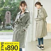 LULUS特價-Y格紋雙排釦風衣外套-黑  現+預【03130097】