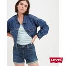 Levis 女款 中腰修腿牛仔短褲 / 深藍基本款 / 彈性布料