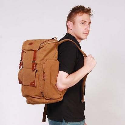 Discovery Adventures 復古系列 多口袋設計後背包 20L 《YV8701》快樂生活網