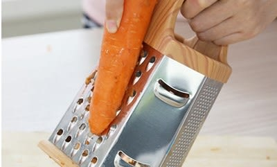 [協貿國際]  多功能不銹鋼立式切菜器蔬菜刨絲器 (1入)