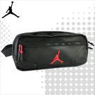 JORDAN 喬丹 腰包 CROSSBODY 經典LOGO 皮面 橫式側背包 運動腰包 黑色 9A0230-023 得意時袋