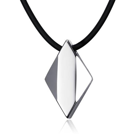 《 QBOX 》FASHION 飾品【CPN-698】精緻個性菱形切面體能量鎢鋼墬子項鍊