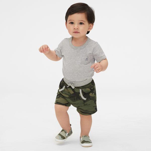 Gap男嬰兒 舒適迷彩系帶短褲 442303-軍綠色