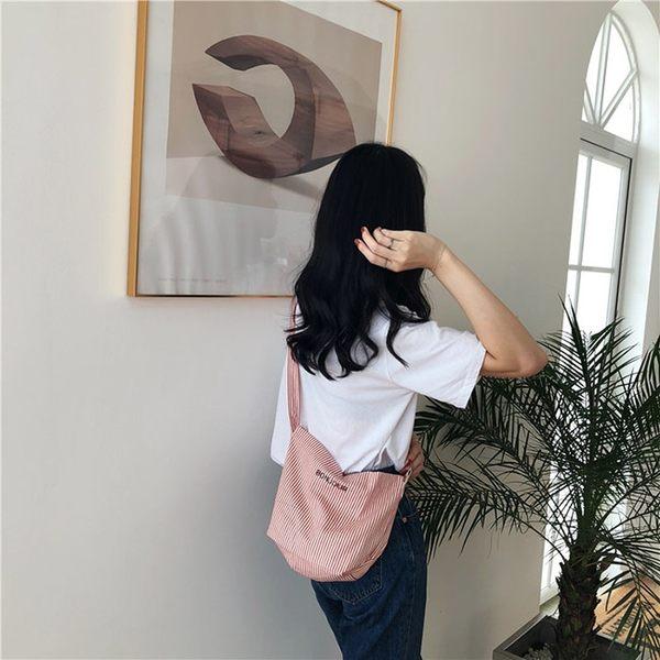 斜背包 條紋 字母 帆布包 可調節 斜背包 錢包 側背包 --斜背/單肩【SPA227】 icoca  09/13